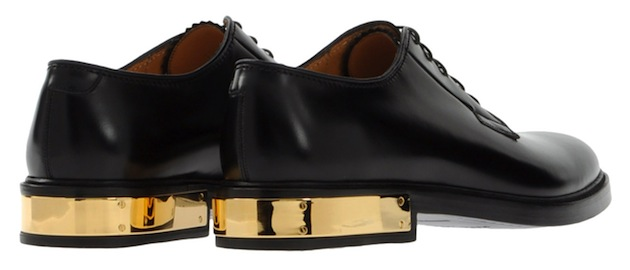 Marc-Jacobs-Black-Leather-Gold-Plate-Shoes-2-